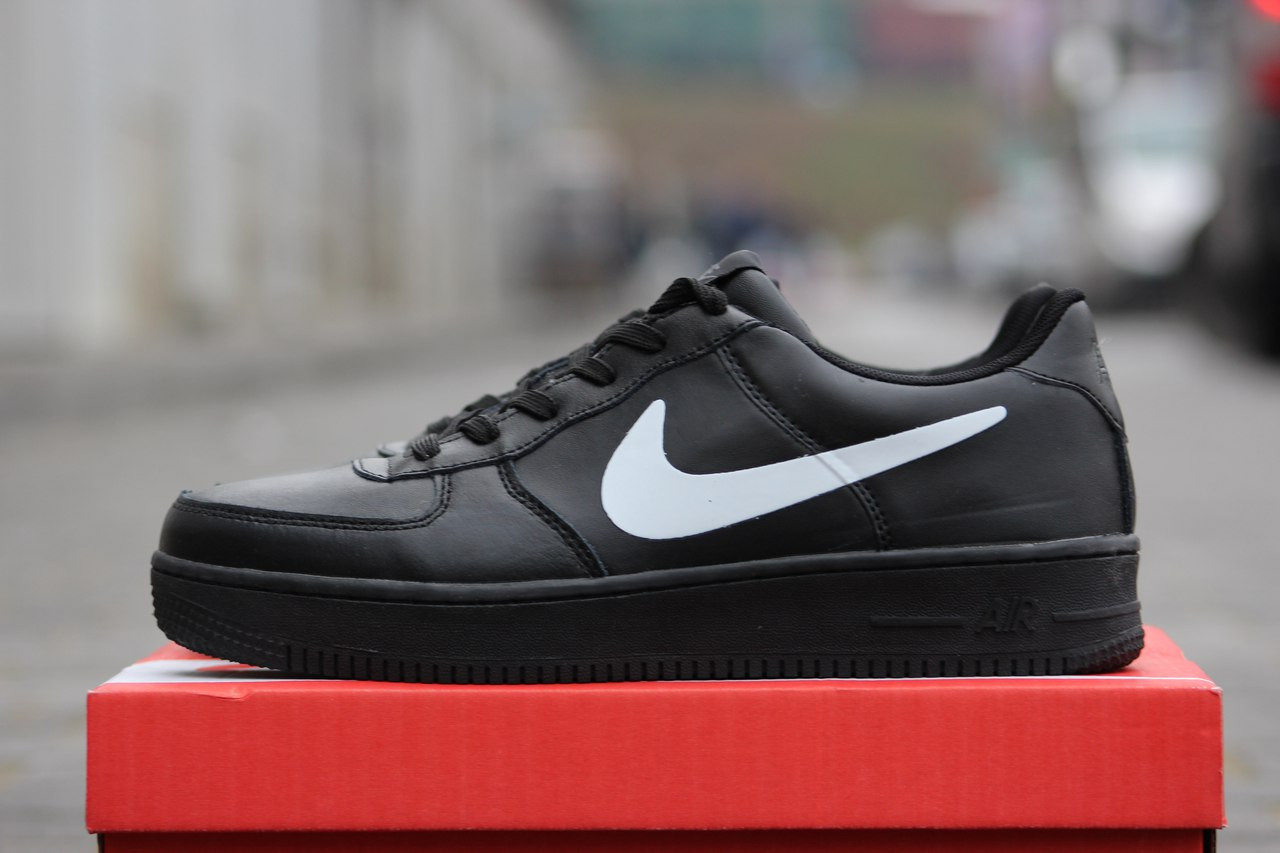 Мужские черны кроссовки Nike Air Force Зима! 46р