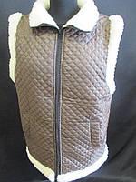Коричневые стеганные жилетки на овчине., фото 1