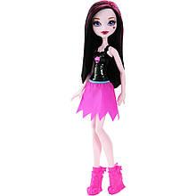 Кукла Дракулаура Monster High Ghoul Spirit Daughter of Dracula Doll  Draculaura