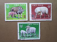 3 марки Вьетнам 1979 фауна домашние животные