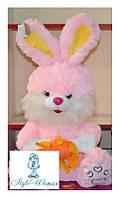 Мягкая игрушка зайчик с цветком розовый 42см