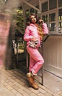 Теплый зимний костюм куртка и брюки, утеплены силиконом, с мехом на карманах. Цвет розовый