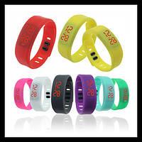 Разноцветные спортивные Led - часы Силиконовый браслет Зеленый
