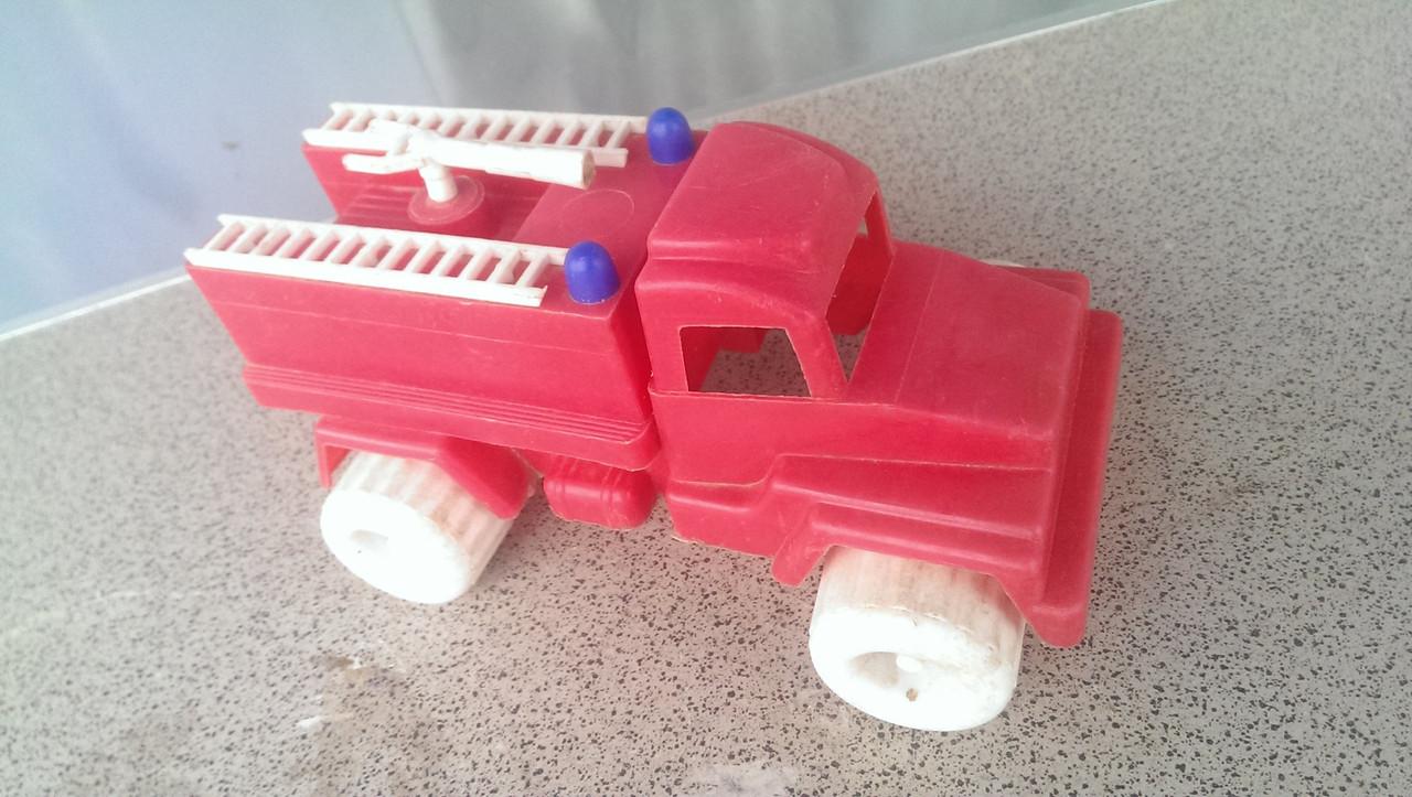 Игрушка машинка пожарная СССР пластмасса