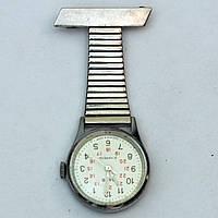 Медицинские часы Заря