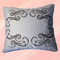 Декоративная подушка со съемной вышитой наволочкой (бежевая)