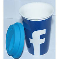 Кружка керамическая с силиконовой крышкой с поилкой Facebook