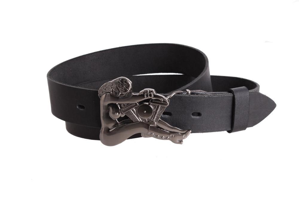 Кожаный ремень для мужчин с серебристой бляхой