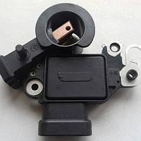 Реле регулятор напряжения генератора в сборе с щетками Chevrolet Aveo (onuri) Корея;93740756