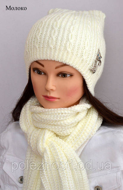 Теплая зимняя шапка Кошка, молочного цвета (52 размер)