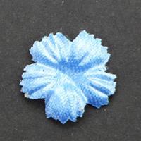 Цветок пятилистник., гвоздика. Цвет небесно- голубой. Размер 15 мм