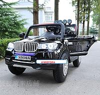 Электромобиль  двухместный  Джип 8088, четырех моторный, надувные колеса