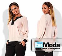 Модная женская блуза свободного кроя из креп-шифона с контрастной вставкой на груди и на манжетах бежевая