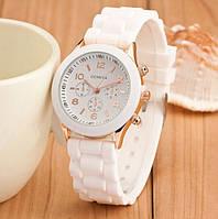 Женские наручные часы Geneva белые