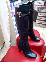 Классические кожаные сапоги демисезонные на каблуке NIVELLE, фото 3