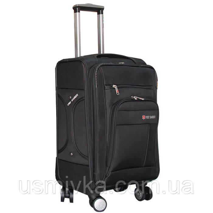 Практичный чемодан на колесах