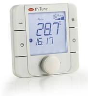 ATA4001AD0 Комнатный терминал th Tune, питание 230 В~, монтаж в панель, встроенный датчик температуры, RS485
