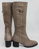 Женские сапоги на невысоком каблуке, натуральный замш. Возможен отшив в других цветах замши и кожи