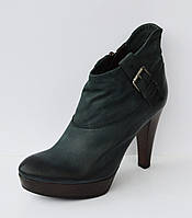 Женские ботинки на каблуке Venezia 086