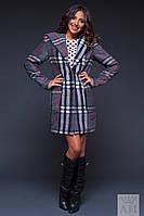 Стильное женское пальто в клетку с капюшоном