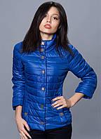Женская молодежная куртка  с рельефными швами