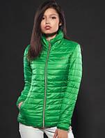 Ярко-зелёная модная курточка