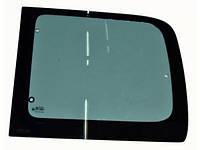 Стекло левое кузова (жабра) б/у на Citroen Berlingo, Peugeot Partner 1996-2008 год