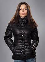Женская куртка в классическом стиле