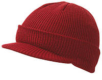 Вязаная шапка с козырьком цвет бордовый mb7530