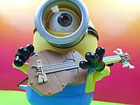 Интерактивная игрушка – миньон Стюарт с гитарой  Despicable Me Talking Minion Toy - Stuart