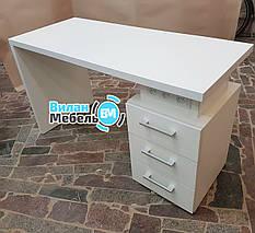 """Маникюрный стол """"Степ"""" с встроенными розетками"""