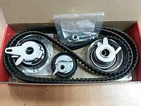 """Комплект ГРМ (ролики+ремни) на VW Transporter T4 2.5TDI 1990> """"Gates"""" K015323 XS - производства Бельгии"""