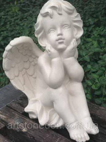 Скульптура Ангелочек из белого бетона 27 см