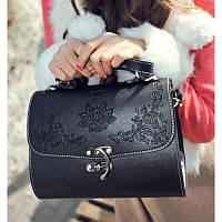 Ретро сумки сундуки Anna Sui