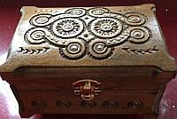 Дерев'яна скринька для прикрас інхрустована металом 16*11*11см, фото 1