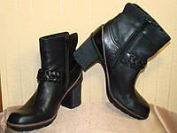 Сапоги женские демисезонные полусапожки кожаные черные Clarks (размер 38)