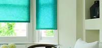 тканевая роллета открытого типа на окно - с однотонной тканью