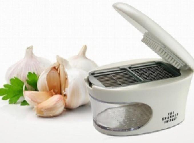 Измельчитель чеснока Garlic Pres 3 в 1