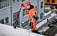 Уборка снега с крыш, снятие наледи и сосулек