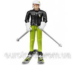 BRUDER  Фигурка лыжника с аксессуарами (60040)