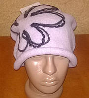 Зимняя женская шапка из валяной шерсти и мягкого фетра.