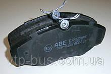 Тормозные колодки передние на Renault Trafic / Opel Vivaro с 2001... ABE (Китай), C1X025ABE