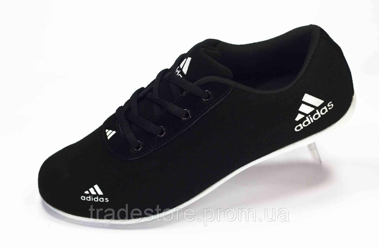 Кроссовки Adidas черные