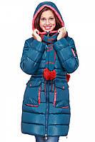 Стильная зимняя куртка с шарфом на девочку