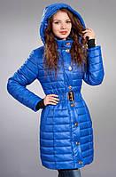 Яркая курточка с прорезными карманами