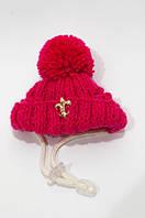 Зимняя шапка с бубоном VipDoggy размер M малиновая