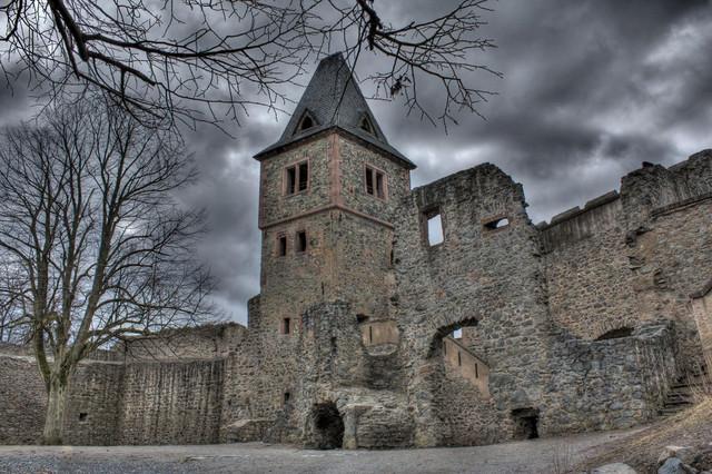 Замок Франкенштейнов