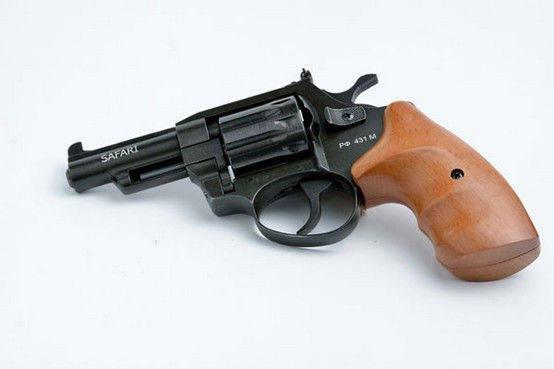 Револьвер под 4 мм патрон Флобера Safari 441М. Револьвер Safari РФ - 441 М бук. Украинский револьвер, фото 2