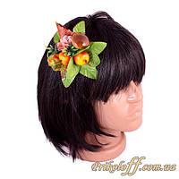Заколка для волос из цветов и композиций