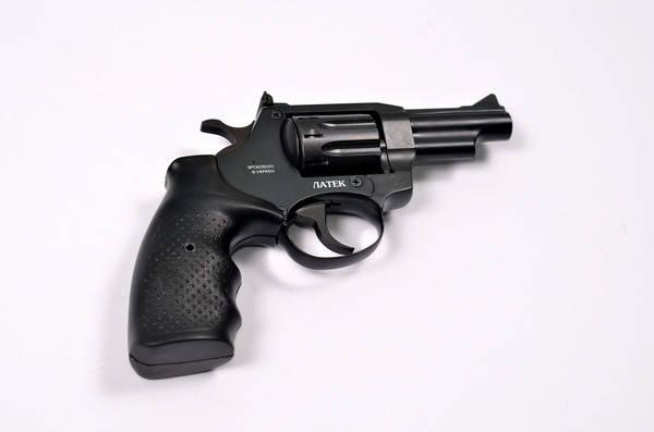 Револьвер Safari РФ-431. Револьвер Сафари РФ 431 с резино-металлической рукоятью. Револьвер Флобера, фото 2